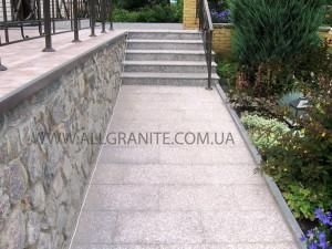 Лестница и терраса из гранита